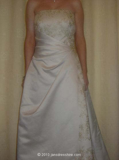 White Dress - Size 14 - 27JO