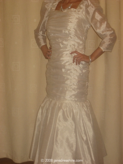 White Dress - Size 8-10 - 1JK